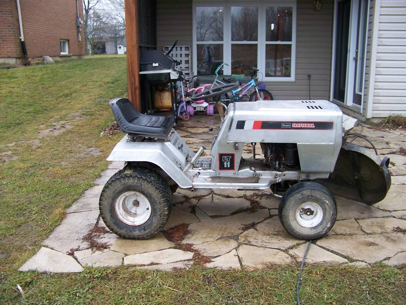 Sears Lawn And Garden Tractors : Sears lawn tractor