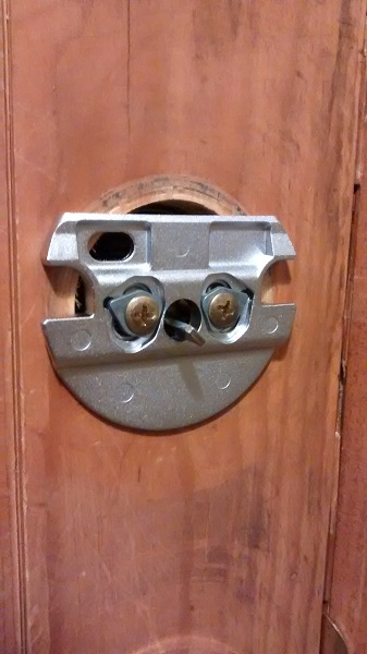 lock03-jpg